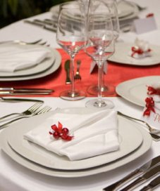 Сервировка стола в домашних условиях своими руками: праздничного