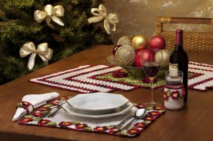 Вязание крючком. Праздничный комплект для сервировки стола